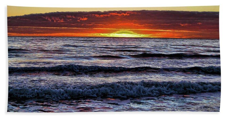 Sunset Bath Sheet featuring the photograph Glorious Sunset by Douglas Barnard