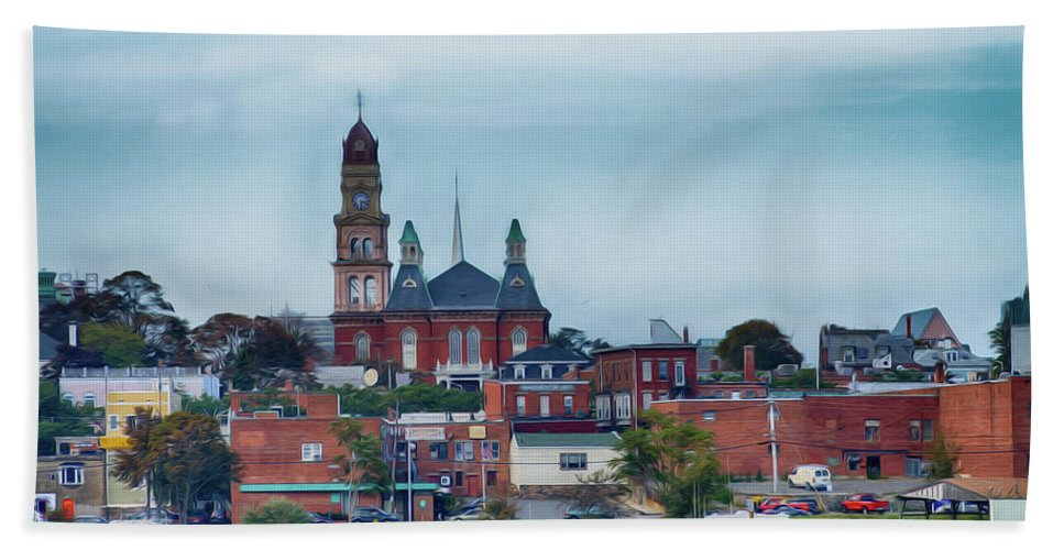Gloucester Hand Towel featuring the photograph Gloucester Harbour by Tom Gari Gallery-Three-Photography