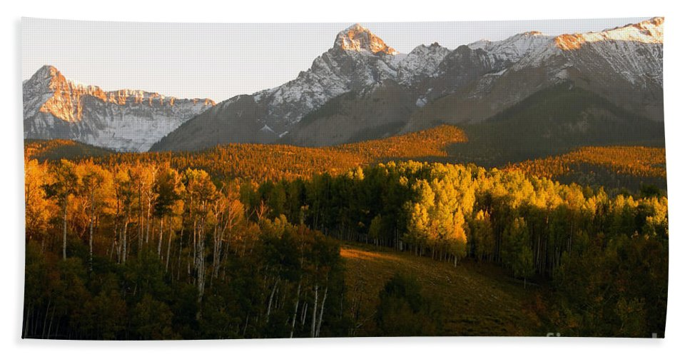 Landscape Hand Towel featuring the photograph God's Country by David Lee Thompson