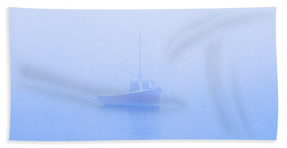 Boat Bath Sheet featuring the photograph Gog Boat by John Greim