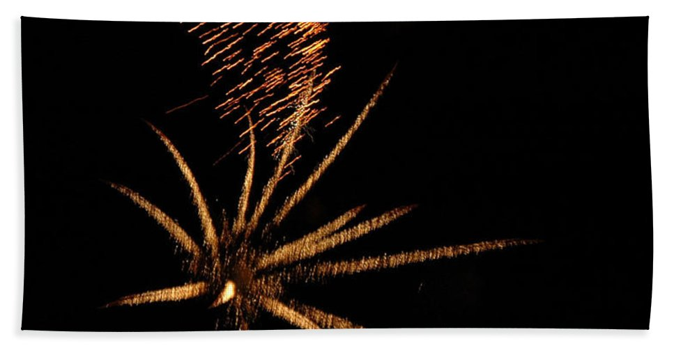 Fireworks Bath Sheet featuring the photograph Gold Star Tail by Norman Andrus