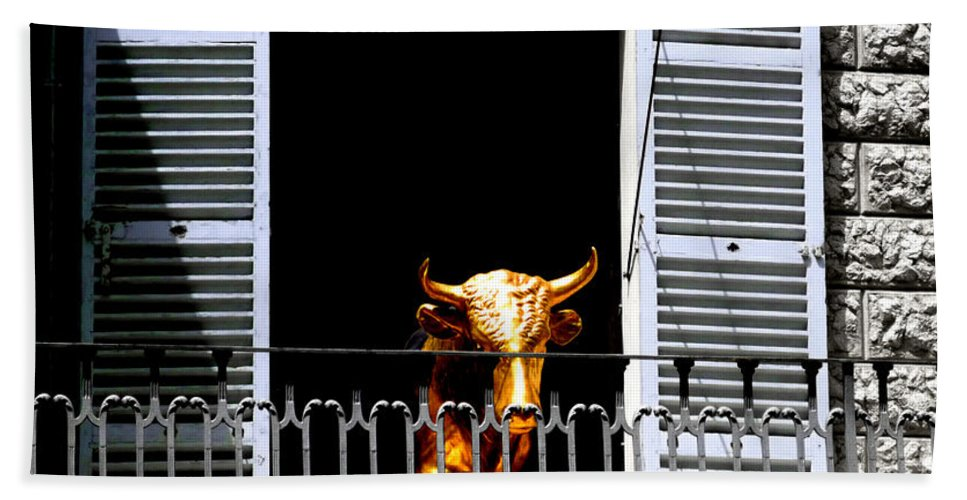 Bull Bath Towel featuring the photograph Golden Bull by Charles Stuart