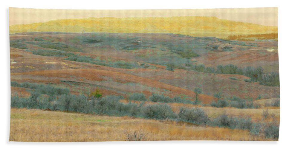 North Dakota Hand Towel featuring the photograph Golden Dakota Horizon Dream by Cris Fulton