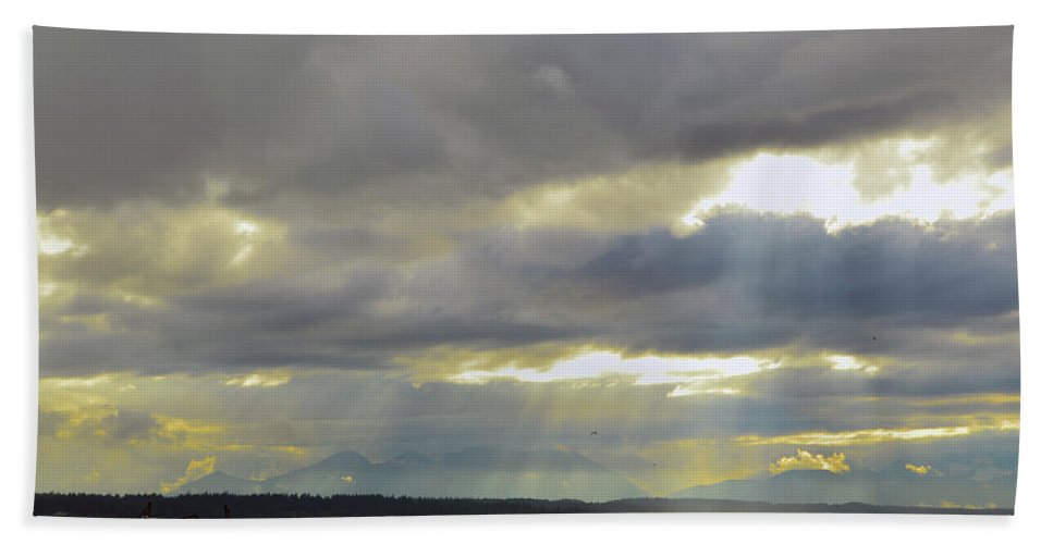 Bath Sheet featuring the photograph Golden Gardens Sunset by Brian O'Kelly