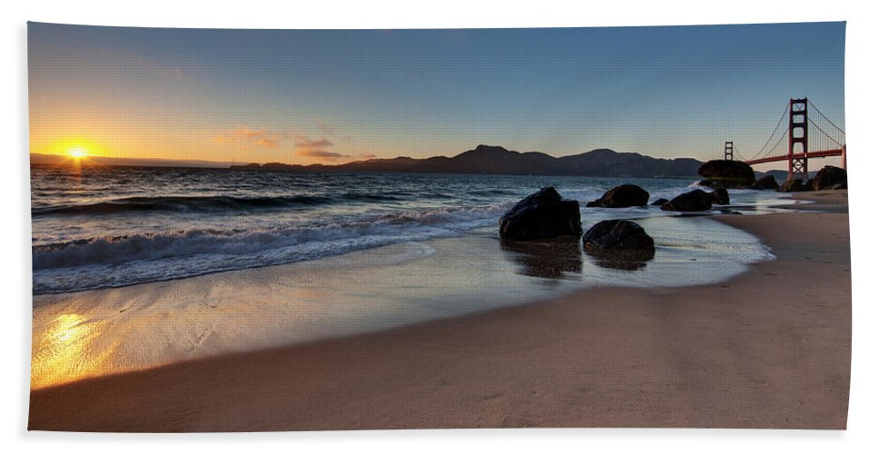 Golden Gate Hand Towel featuring the photograph Golden Gate Sunset by Mike Reid