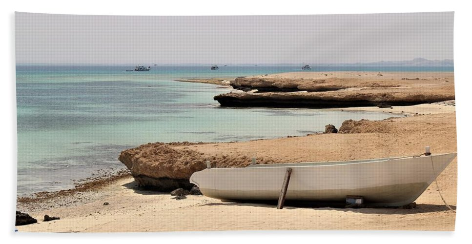 Landscape Bath Sheet featuring the photograph Golden Island by Dave Lees