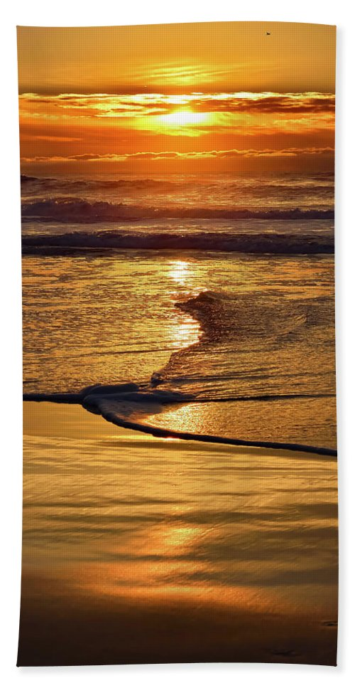 Winter Bath Sheet featuring the photograph Golden Pacific Sunset by Brian Tada