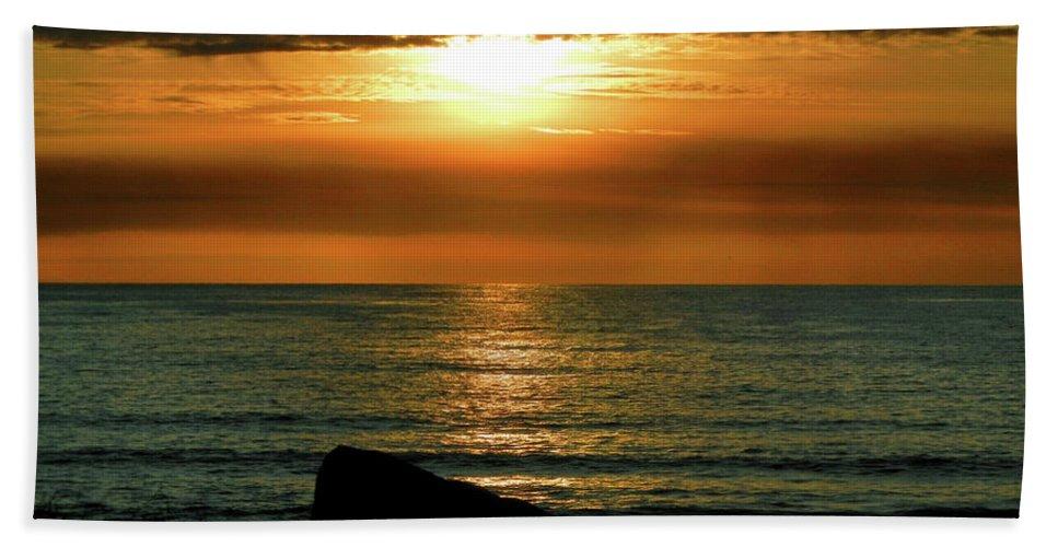 Golden Sunset Hand Towel featuring the photograph Golden Sunset At The Beach IIi by Mariola Bitner