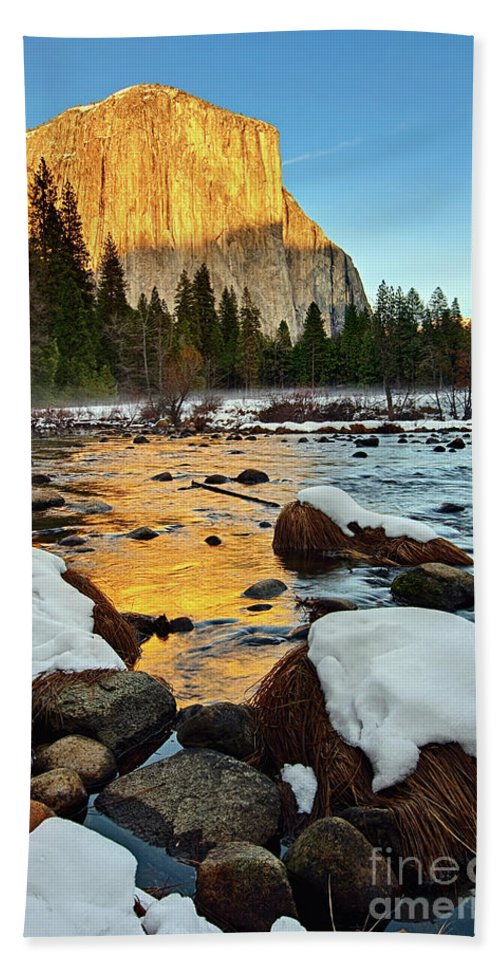 Yosemite Bath Sheet featuring the photograph Golden Sunset - El Capitan In Yosemite National Park. by Jamie Pham