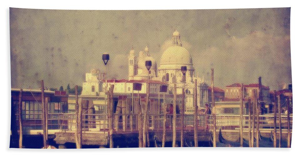 Venice Bath Sheet featuring the photograph Good Morning Venice by Lois Bryan