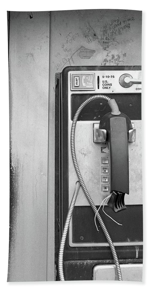 Old Technology Hand Towel featuring the photograph Good Times by Megan Greenfeld