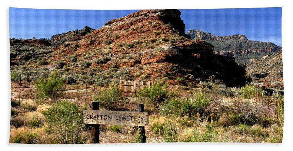 Grafton Utah Bath Sheet featuring the painting Grafton Cemetery by David Lee Thompson