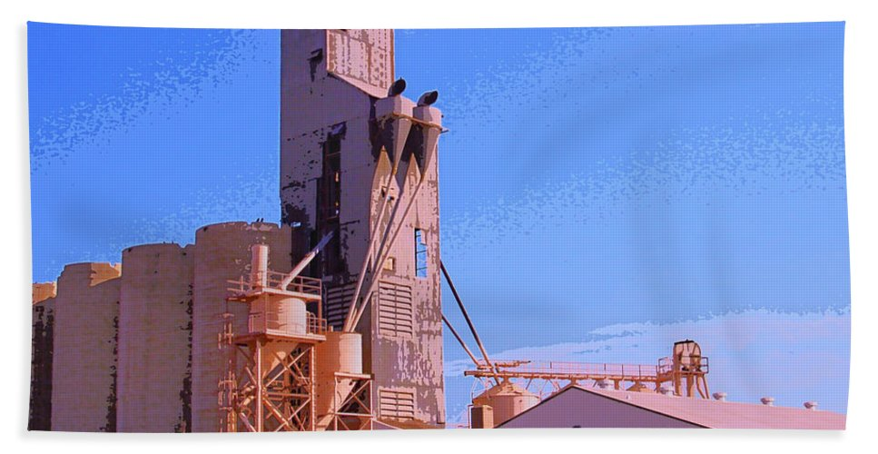 Farm Hand Towel featuring the mixed media Grain Elevator by Dominic Piperata