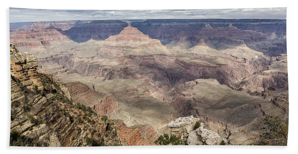 Grand Canyon Bath Towel featuring the photograph Grand Canyon No. 2 by Belinda Greb