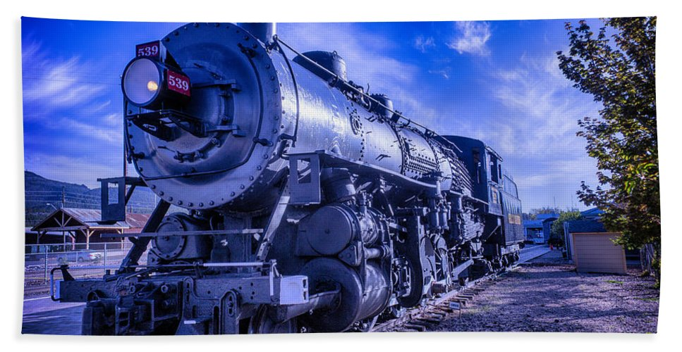 Grand Canyon Railway Bath Towel featuring the photograph Grand Canyon Railway by Garry Gay