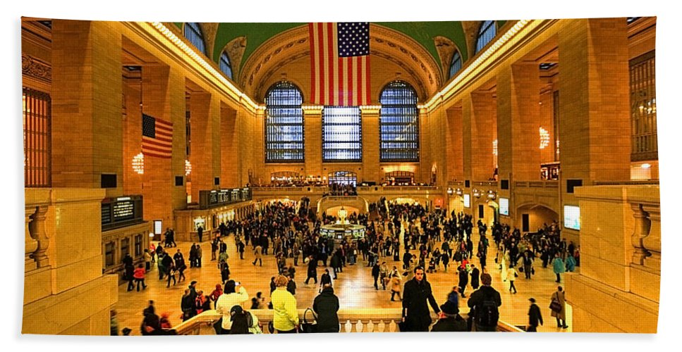 Arrival Hand Towel featuring the photograph Grand Central by Svetlana Sewell