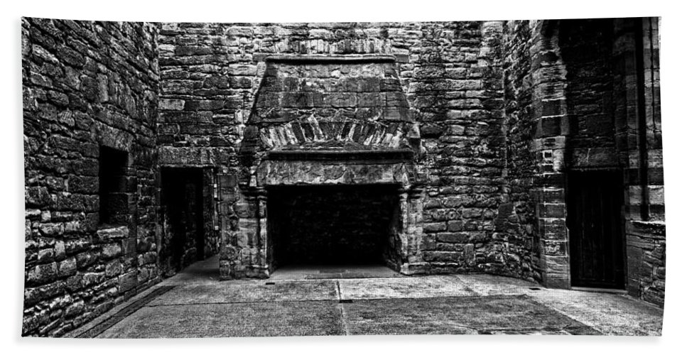 Old Fireplace Hand Towel featuring the photograph Grand Fireplace by Scott Hill