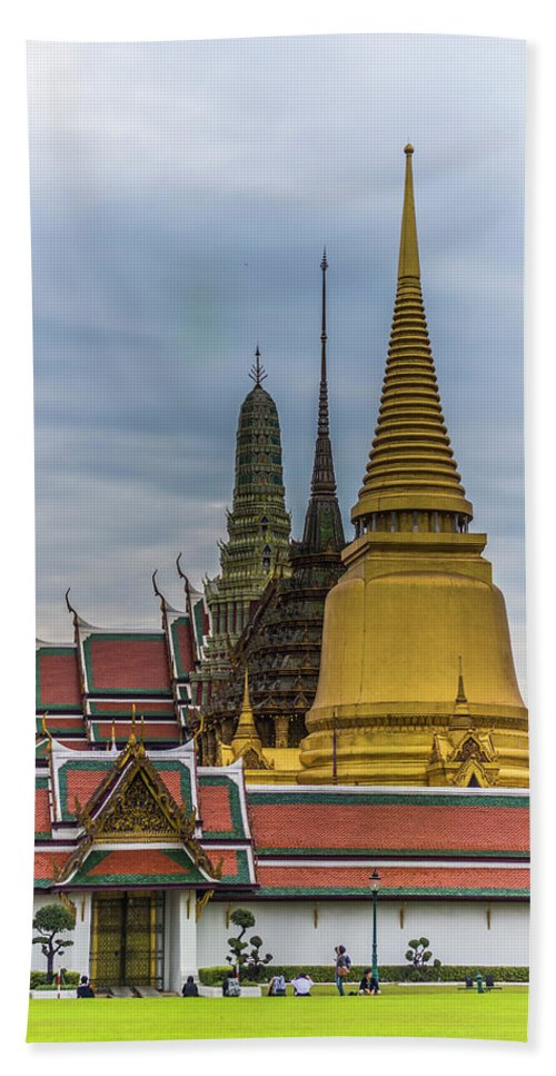 Palace Bath Sheet featuring the photograph Grand Palace 01 by Jijo George