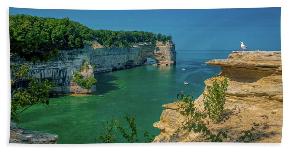 Pictured Rocks National Lakeshore Hand Towel featuring the photograph Grand Portal Point by Gary McCormick