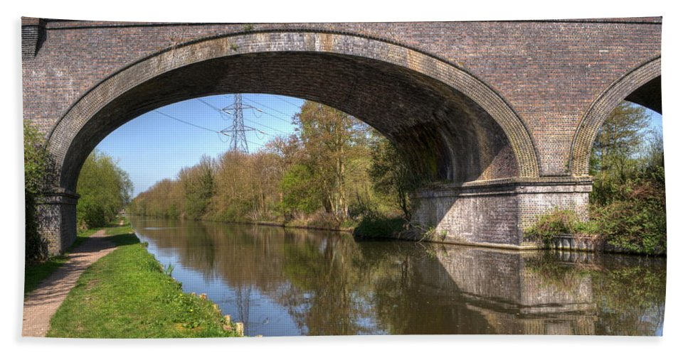 Bridge Hand Towel featuring the photograph Grand Union Canal Bridge 181 by Chris Day