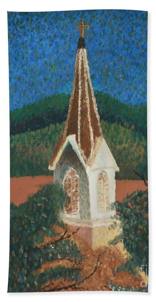 Grandma's Church Bath Towel featuring the painting Grandmas Church by Jacqueline Athmann