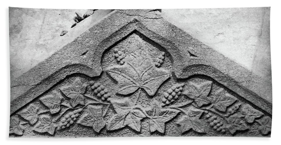 Ireland Bath Sheet featuring the photograph Grapevine Carving by Teresa Mucha