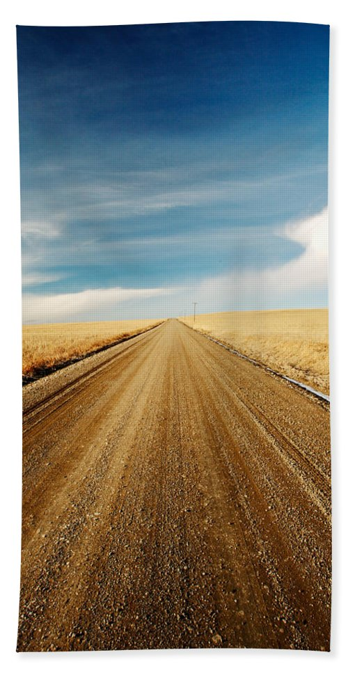 Landscape Hand Towel featuring the photograph Gravel Lines by Todd Klassy