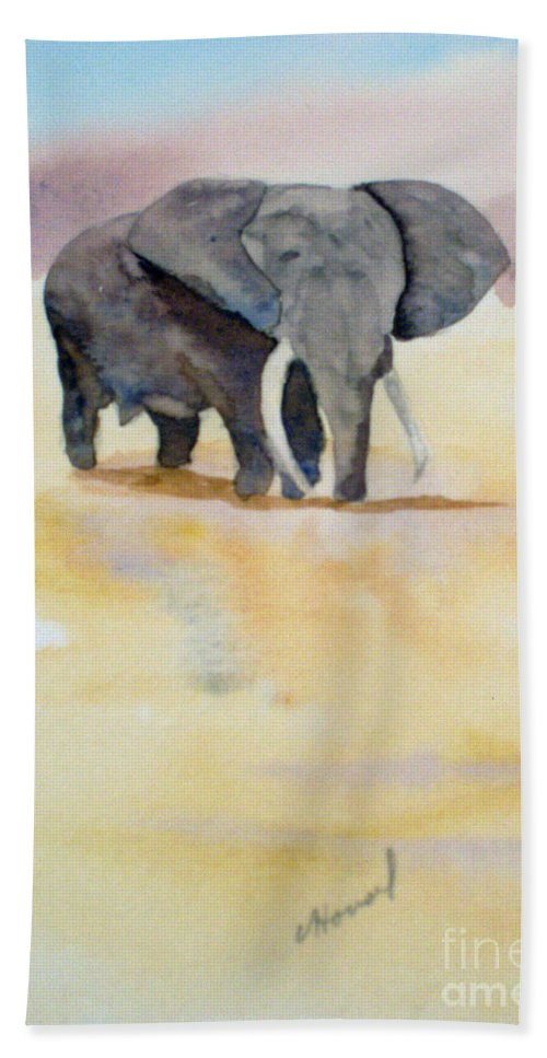 Elephant Hand Towel featuring the painting Great African Elephant by Vicki Housel