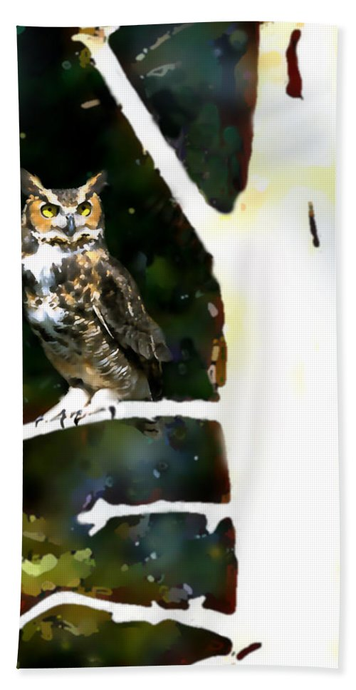 Owl Bath Sheet featuring the painting Great Horned Owl by Paul Sachtleben