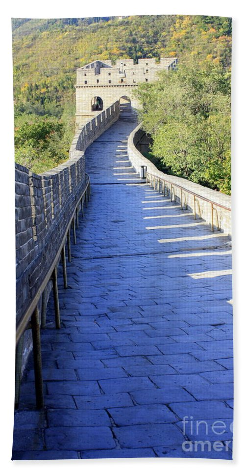 The Great Wall Of China Hand Towel featuring the photograph Great Wall Pathway by Carol Groenen