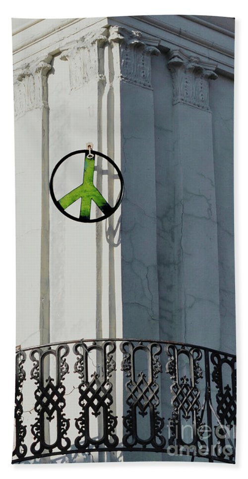 Green Peace Hand Towel featuring the photograph Green Peace by Frances Hattier