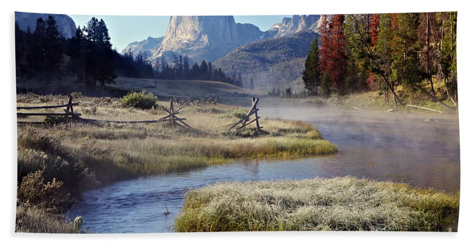 Green River Bath Sheet featuring the photograph Green River, Frosty Morning by Daryl L Hunter