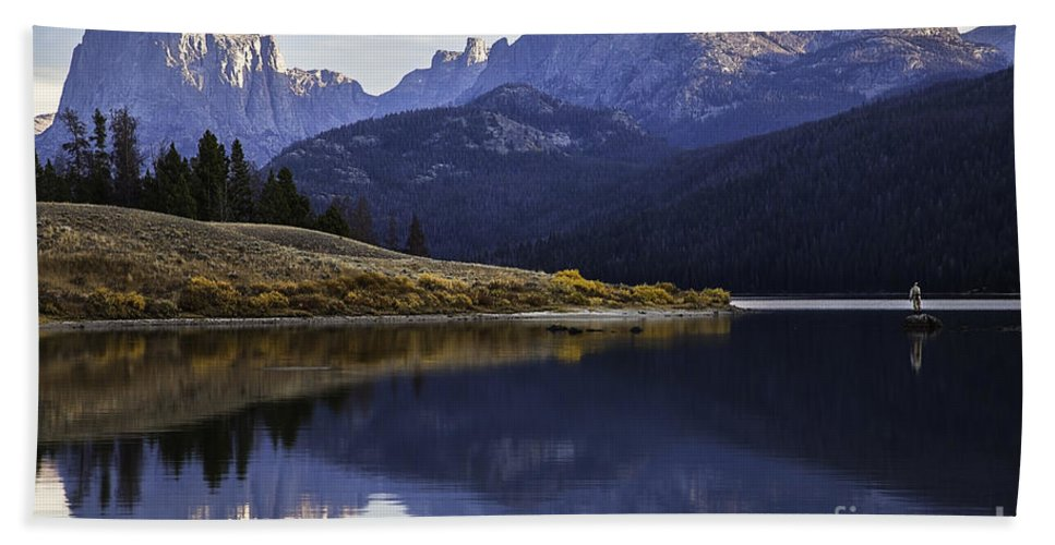 Fly-fisherman Bath Sheet featuring the photograph Green River Lake Fly-fisherman by Daryl L Hunter