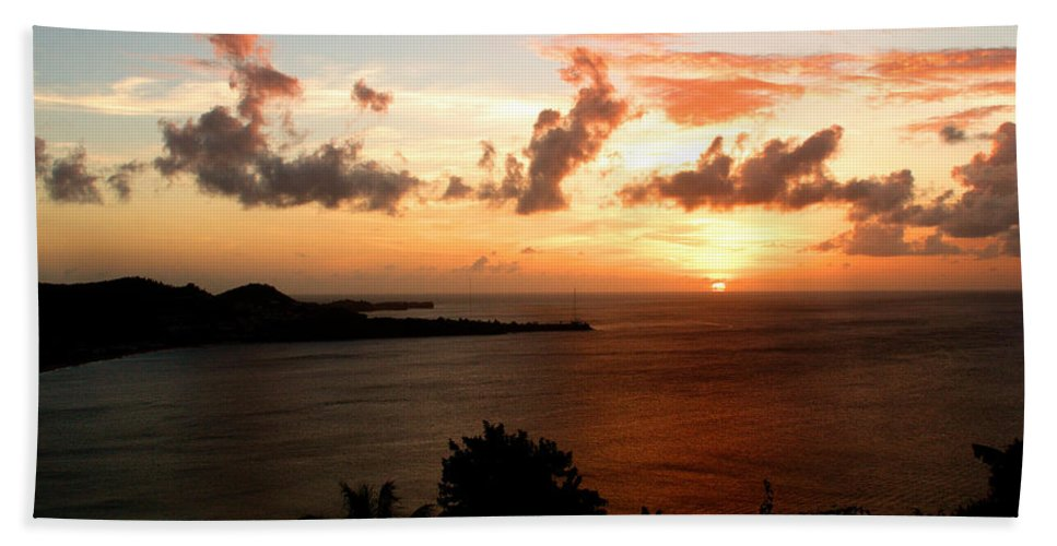 Sunset Bath Towel featuring the photograph Grenadian Sunset II by Jean Macaluso