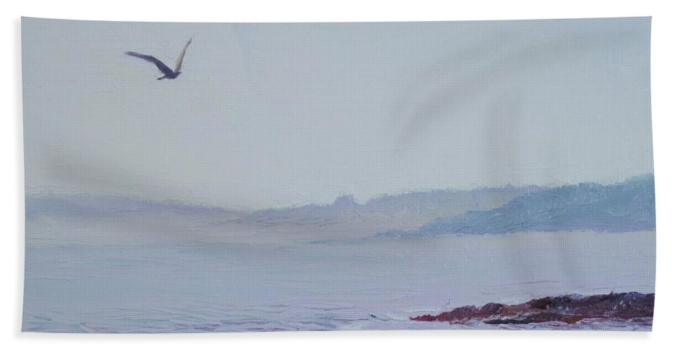 Seascape Bath Towel featuring the painting Grey Day In Newport by Lea Novak