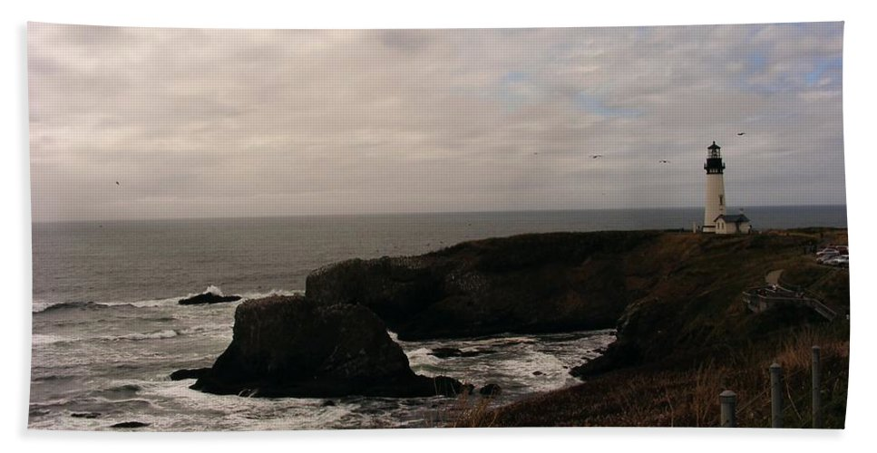 Lighthouses Bath Sheet featuring the photograph Grey Day by Marilyn Smith