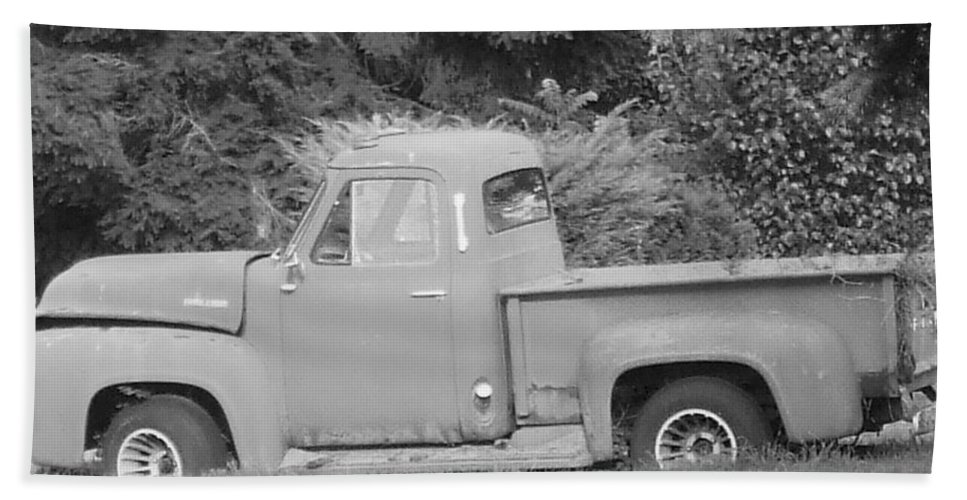 Truck Bath Sheet featuring the photograph Grounded Pickup by Pharris Art