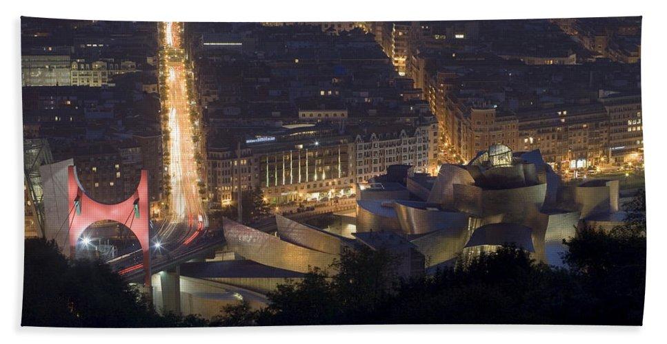 Spain Hand Towel featuring the photograph Guggenheim At Night II by Rafa Rivas