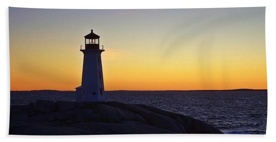 Lighthouse Hand Towel featuring the photograph Peggy's Cove Lighthouse by Heather Vopni