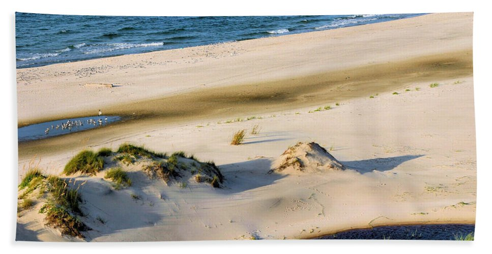 Gulf Of Mexico Hand Towel featuring the photograph Gulf Of Mexico Dunes by Kristin Elmquist