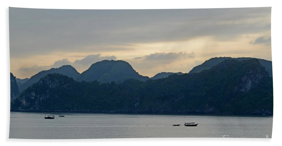 Magical Hand Towel featuring the photograph Halong Bay Sunset by Tom Wurl
