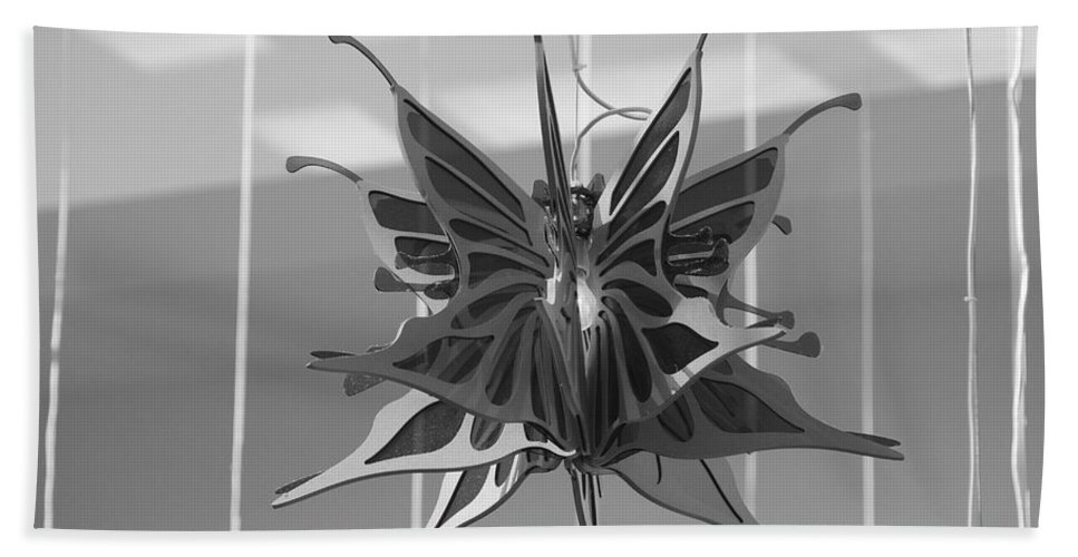 Black And White Hand Towel featuring the photograph Hanging Butterfly by Rob Hans