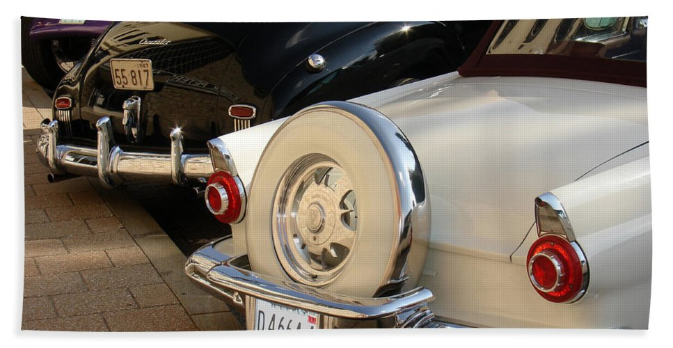 Classic Cars Bath Sheet featuring the photograph Hanging Out by Steve Karol