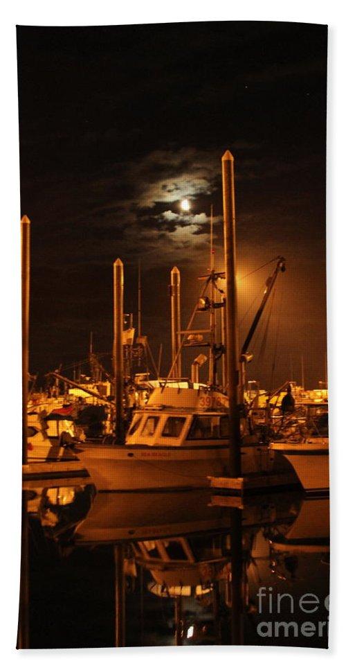 Boat Bath Towel featuring the photograph Harbor Moon by Rick Monyahan