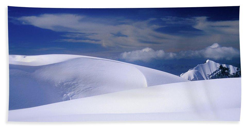 Alone Bath Towel featuring the photograph Harmony by Konstantin Dikovsky