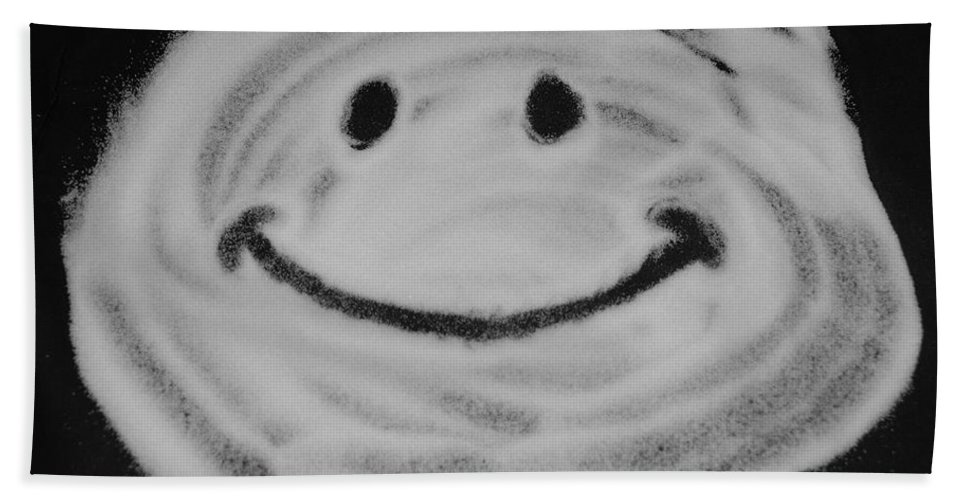 Black And White Hand Towel featuring the photograph Have A Nice Day by Rob Hans