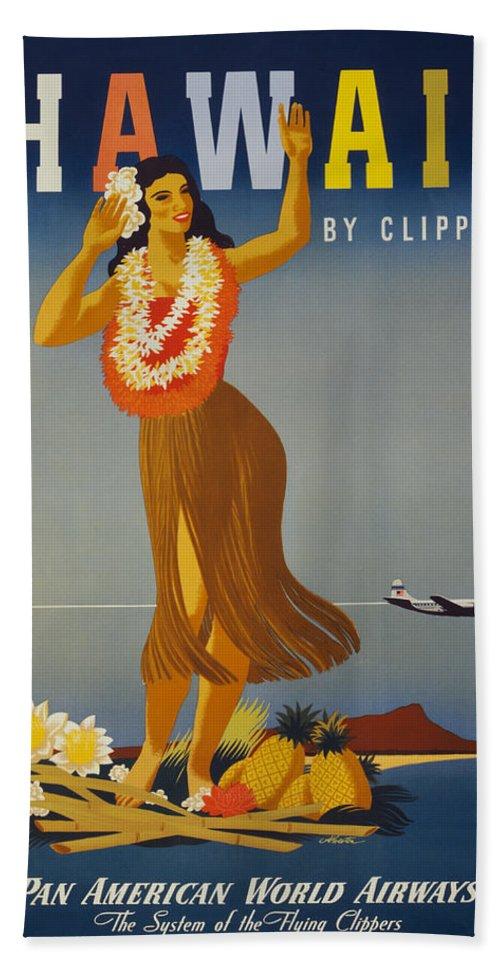 Hawaii Bath Towel featuring the digital art Hawaii By Clipper by Georgia Fowler