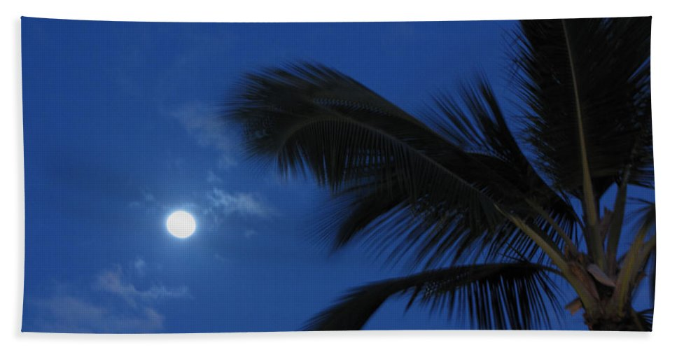 Moon Bath Sheet featuring the photograph Hawaiian Moon by Sarah Houser