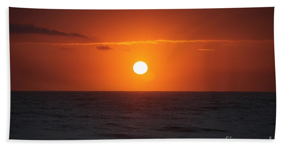 Sunrise Hand Towel featuring the photograph Hawaiian Sunrise by Nadine Rippelmeyer