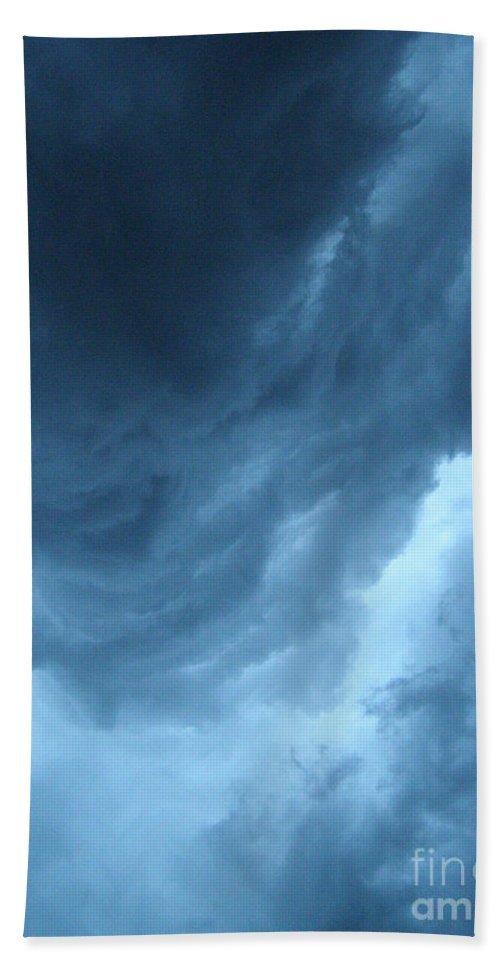 Storm Hand Towel featuring the photograph Head For Cover by Angie Rea